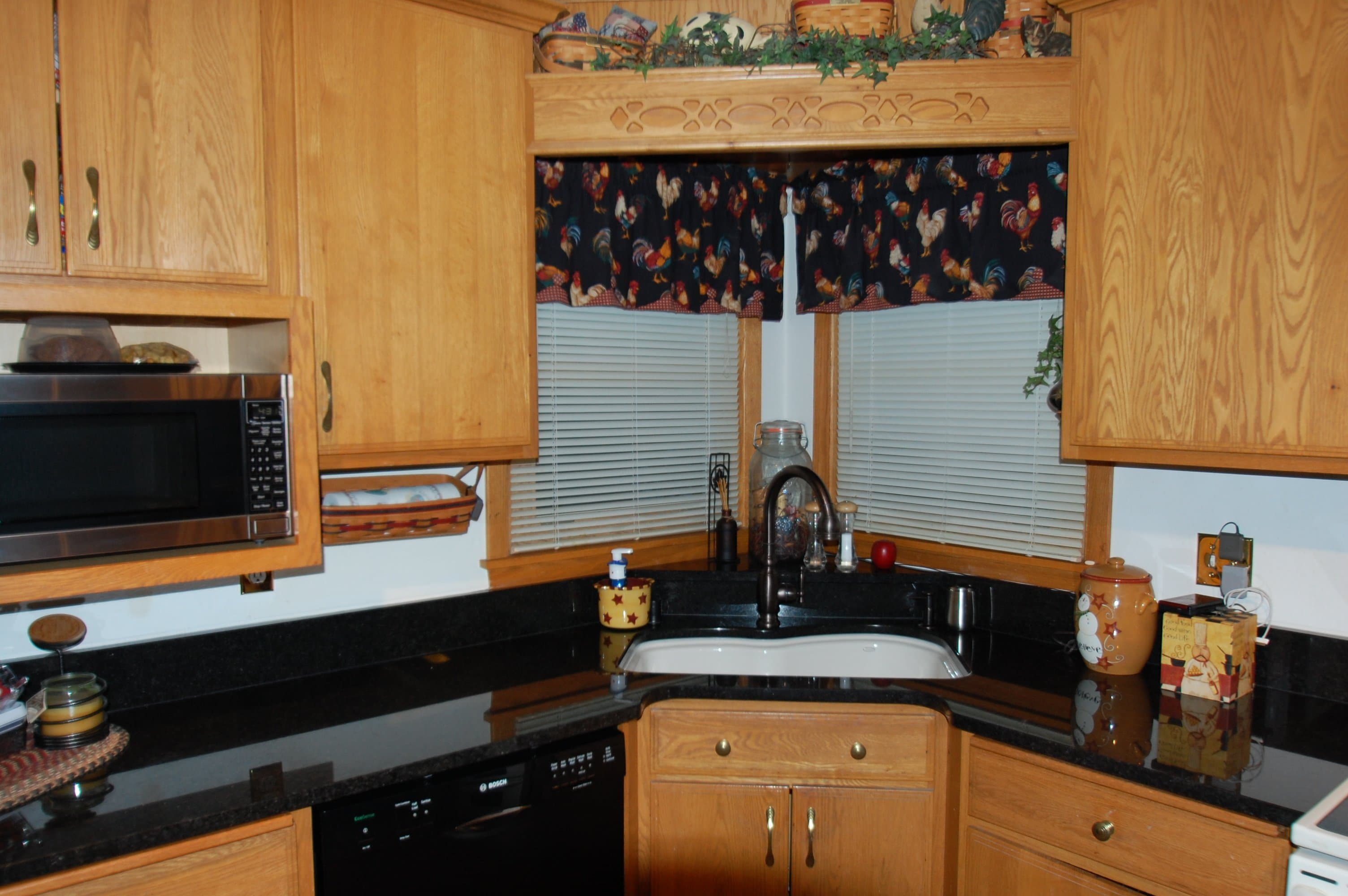 1921danby-kitchen-4