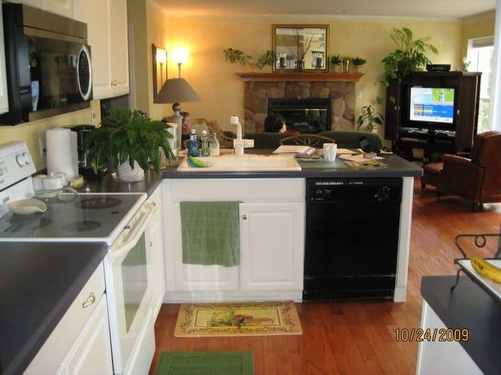 Yerrick-Kitchen-and-Bath (12)